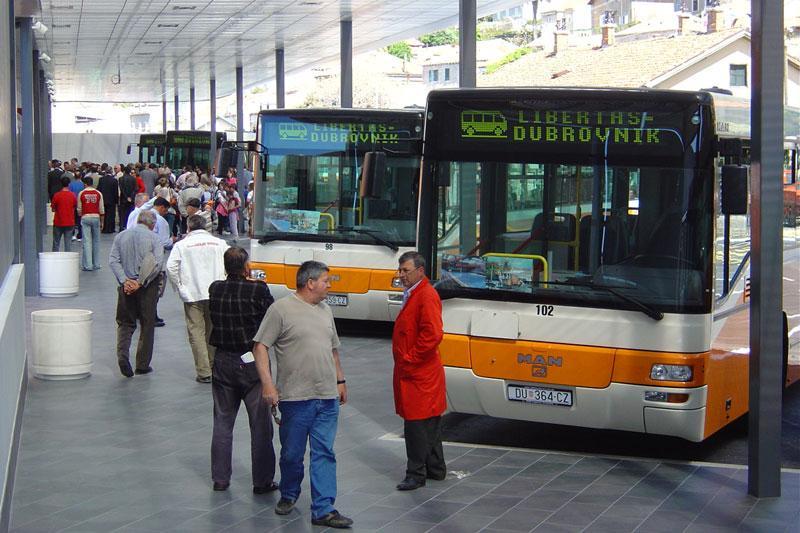 Autobusni kolodvor