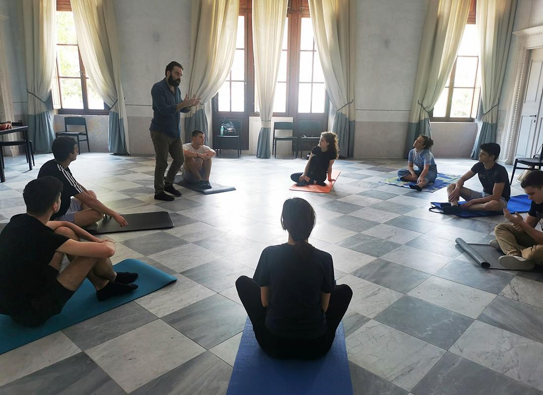 GLUMAČKE RADIONICE Deset polaznika s Ozrenom Grabarićem učilo o povezanosti tijela, daha i misli